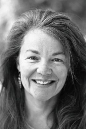 Cathleen Calkins Writer & Photographer